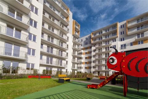 patio Comfort City ze zjeżdżalnią dla dzieci