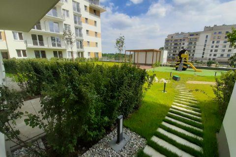wyjście z klatki na patio Comfort City Bursztyn czerwiec 2020