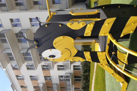 zabawka dla dzieci na patio Comfort City Bursztyn czerwiec 2020