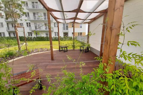 pergola na patio lipiec 2020 Comfort City Bursztyn