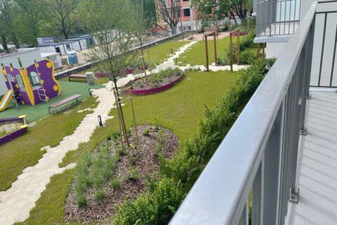 Comfort City Ametyst widok na patio, maj 2021